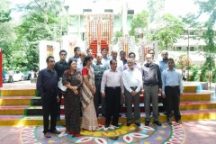 BSRM paying respect to Shaheed Minar-min
